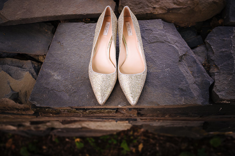 Bride's wedding shoes