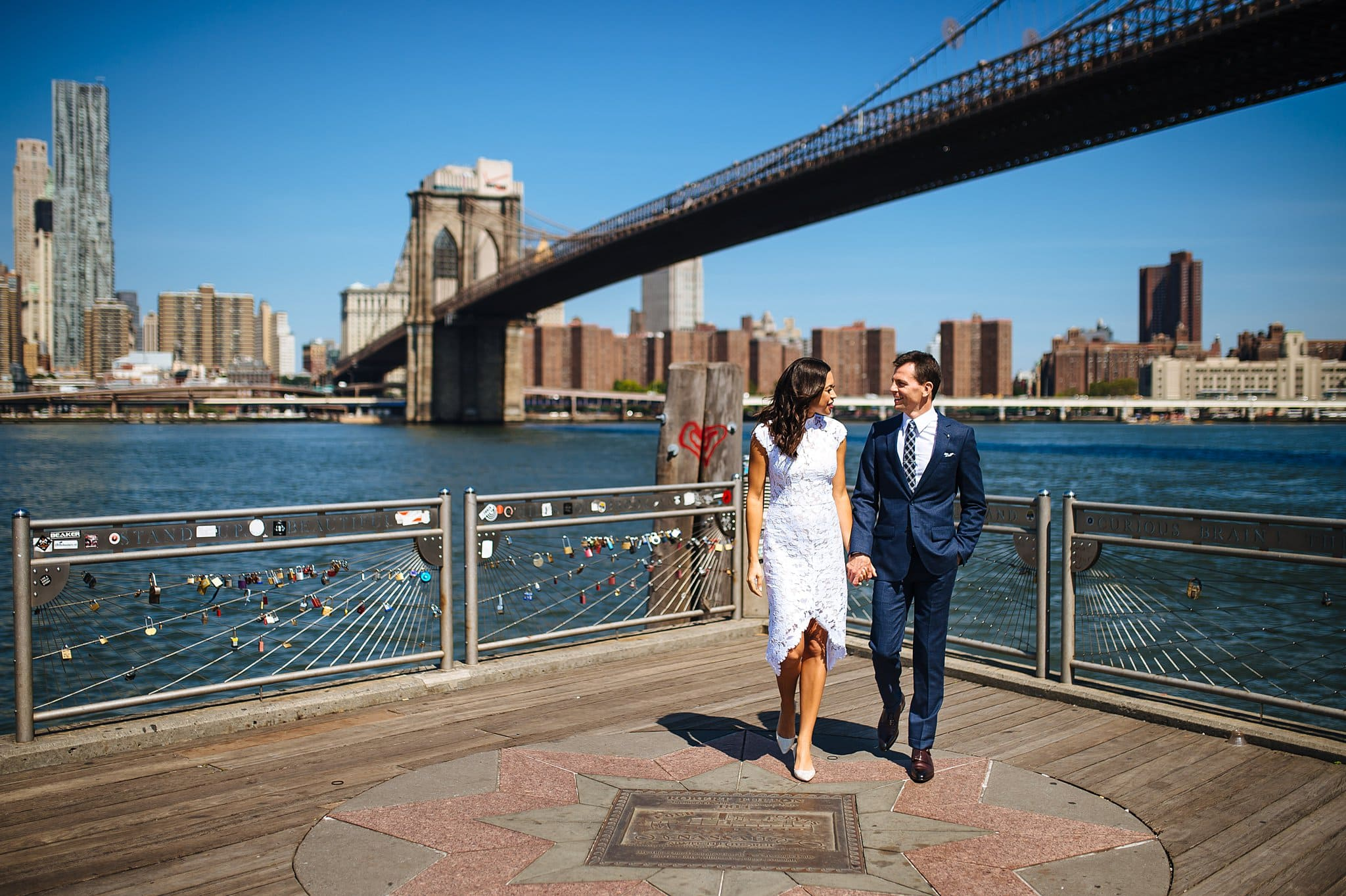 What are the best wedding photo locations DUMBO offers