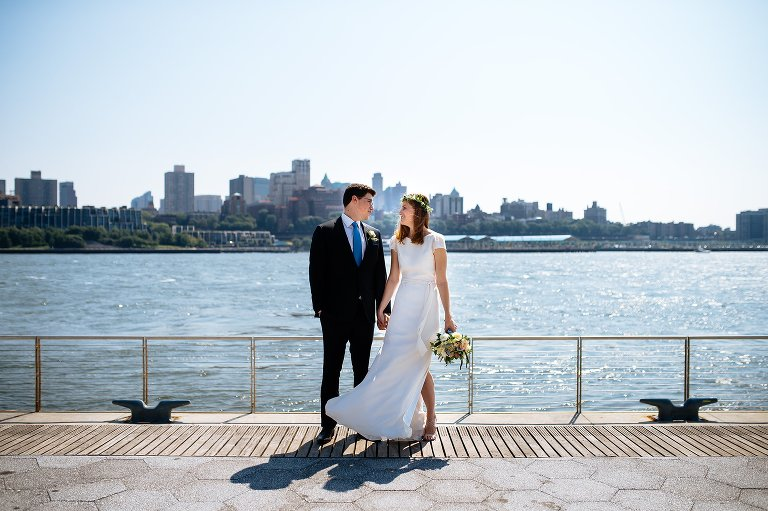 Creating striking and simple wedding portraits in NYC